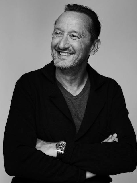 Jesper Skibby smiler